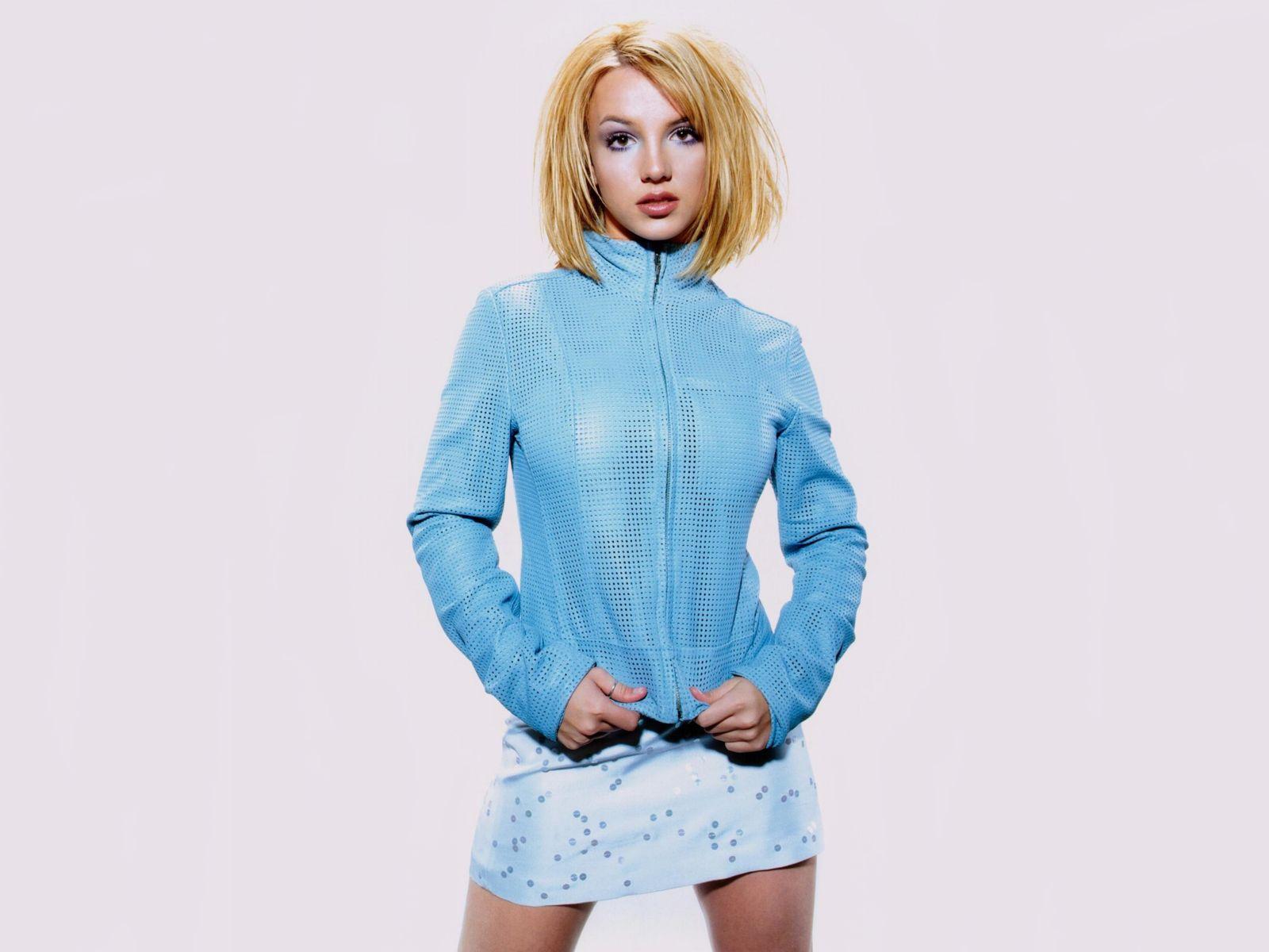 http://3.bp.blogspot.com/-YZcAssE9-z8/To1ZfqwyWoI/AAAAAAAADAs/kvx2be09Nus/s1600/Britney++spears+01+%2528201%2529.jpg