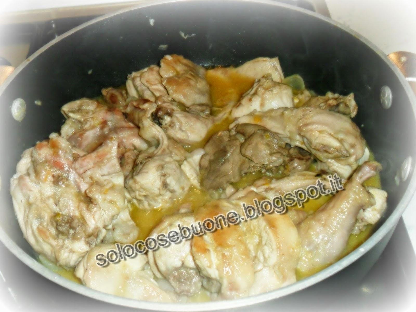 coniglio in padella con  succo d'arancia e condimento  balsamico bianco