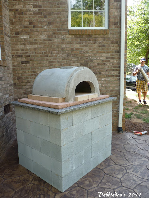 DIY Outdoor pizza oven!