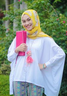 Baju Muslim Lebaran Sederhana