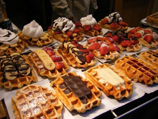 http://www.tripadvisor.fr/Restaurant_Review-g188644-d1309102-Reviews-Aux_Gaufres_de_Bruxelles-Brussels.html