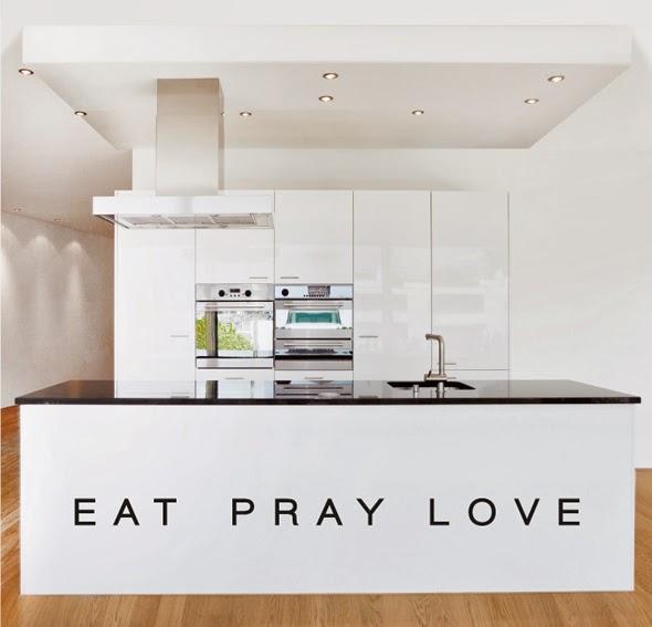 http://portobellostreet.r.worldssl.net/imagenes_muebles/Muebles-Vinilo-eat-pray-love.jpg
