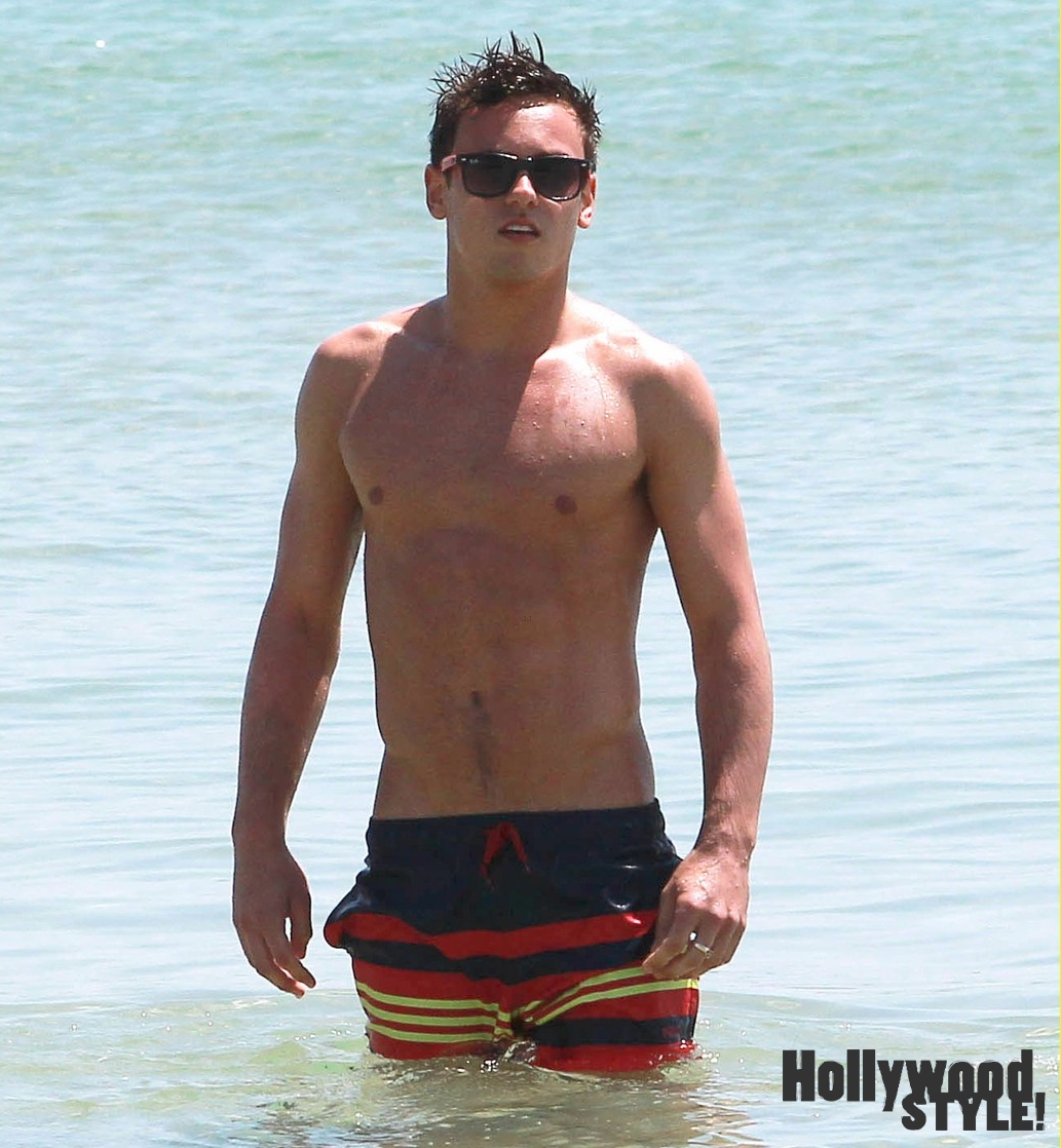 Olivia Holt And Spencer Boldman Billy Unger Shirtless ...