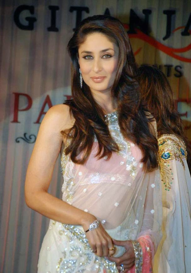 Kareena Kapoor in Saree Images