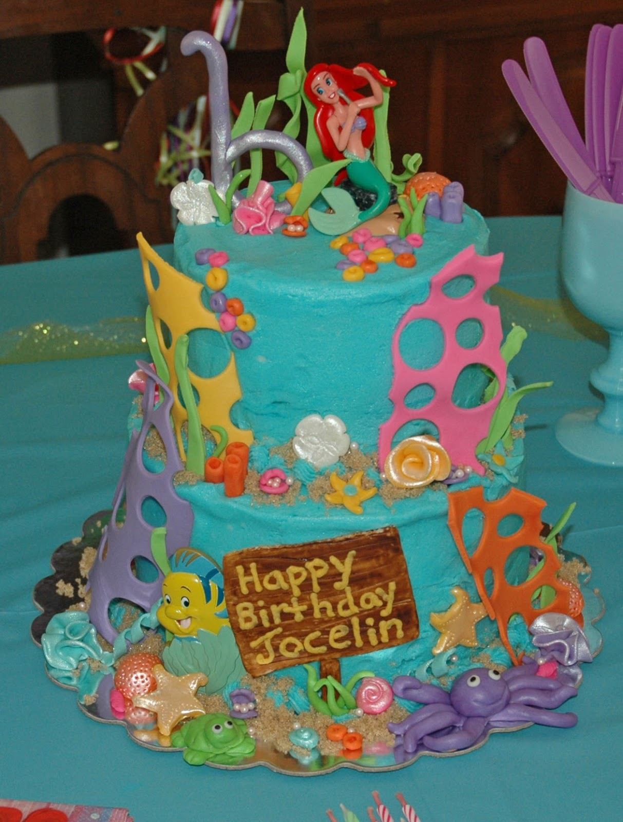 Cash 39 s cakes little mermaid cake for Ariel cake decoration