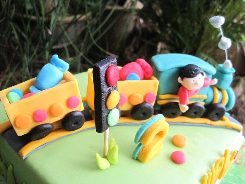 A Traffic Light By The Railway Thats What Mom Specially Requested For Not Fogeting No2 Birthday Boys Age Jing Yuan Is 2 Yay