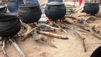 African-Cast-Iron-Cooking-Pots-Pap