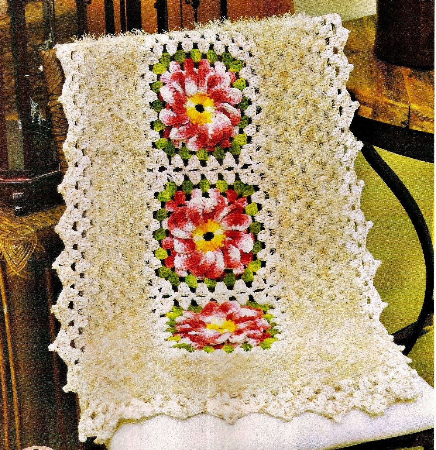 Croche com receita tapetes em croche cru com flores mescladas for Clases de tapetes