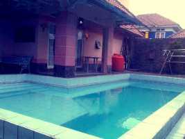 Villa Cipendawa dengan Fasilitas Lengkap