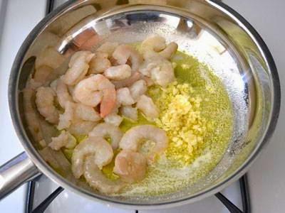 Vietnamese Noodle Recipes - Mì Ống Sốt Tôm Chua Ngọt