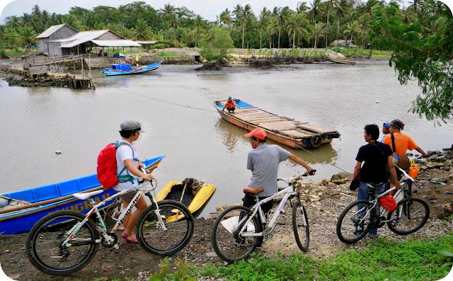 Bersepeda di Pangandaran