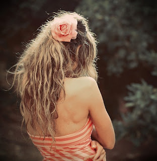szőke haj barack hajdísz