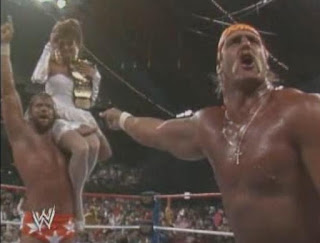 WWF / WWE WRESTLEMANIA 4: Hulk Hogan and Elizabeth help Macho Man randy Savage celebrate his title victory