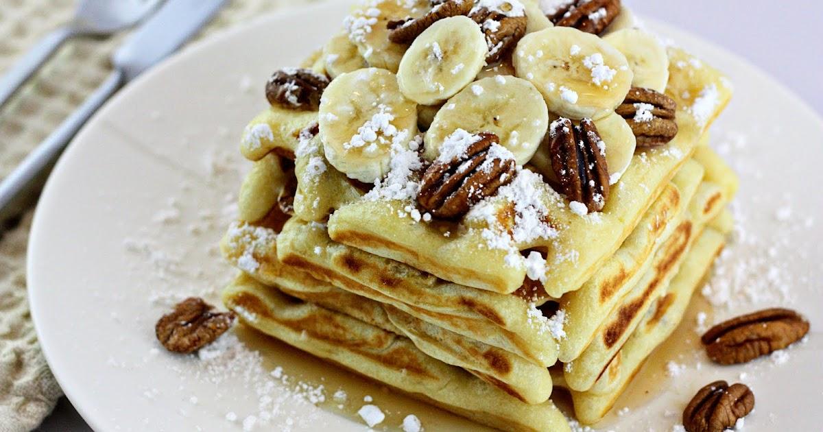 Delightful Bitefuls: Banana & Pecan Waffles