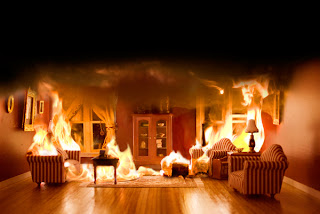 Como actuar en caso de incendio, recomendaciones. Casa-de-munecas-en-llamas
