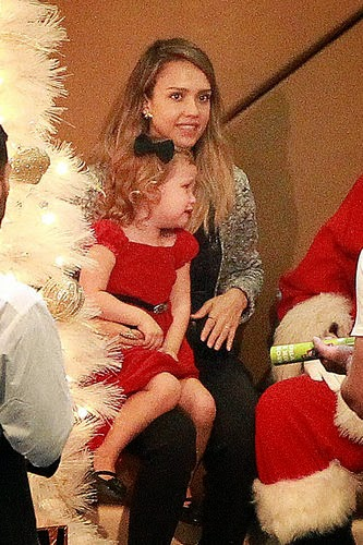 Jessica Alba photo with Santa Claus