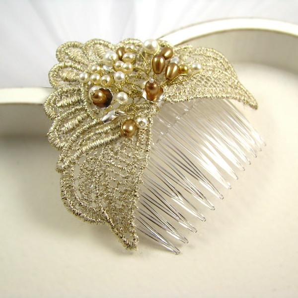 Złoty grzebień ślubny z perłami