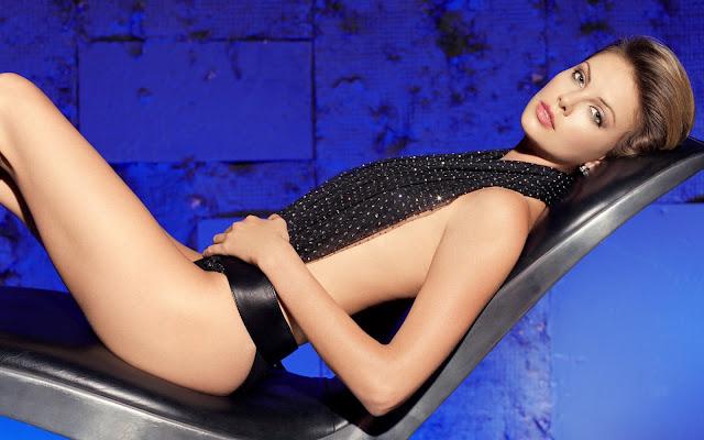 Fondos De Pantalla Celebridades Seys Charlize Theron