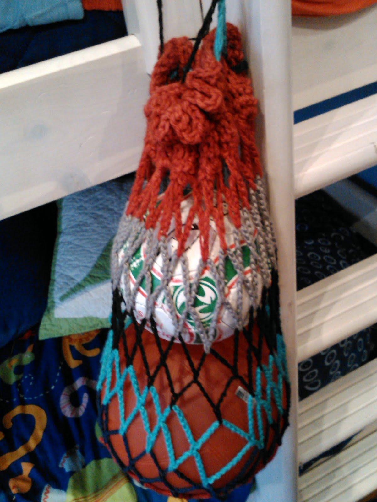 Red de colores para balones en ganchillo ~ Juntitoscrafts punto y ...