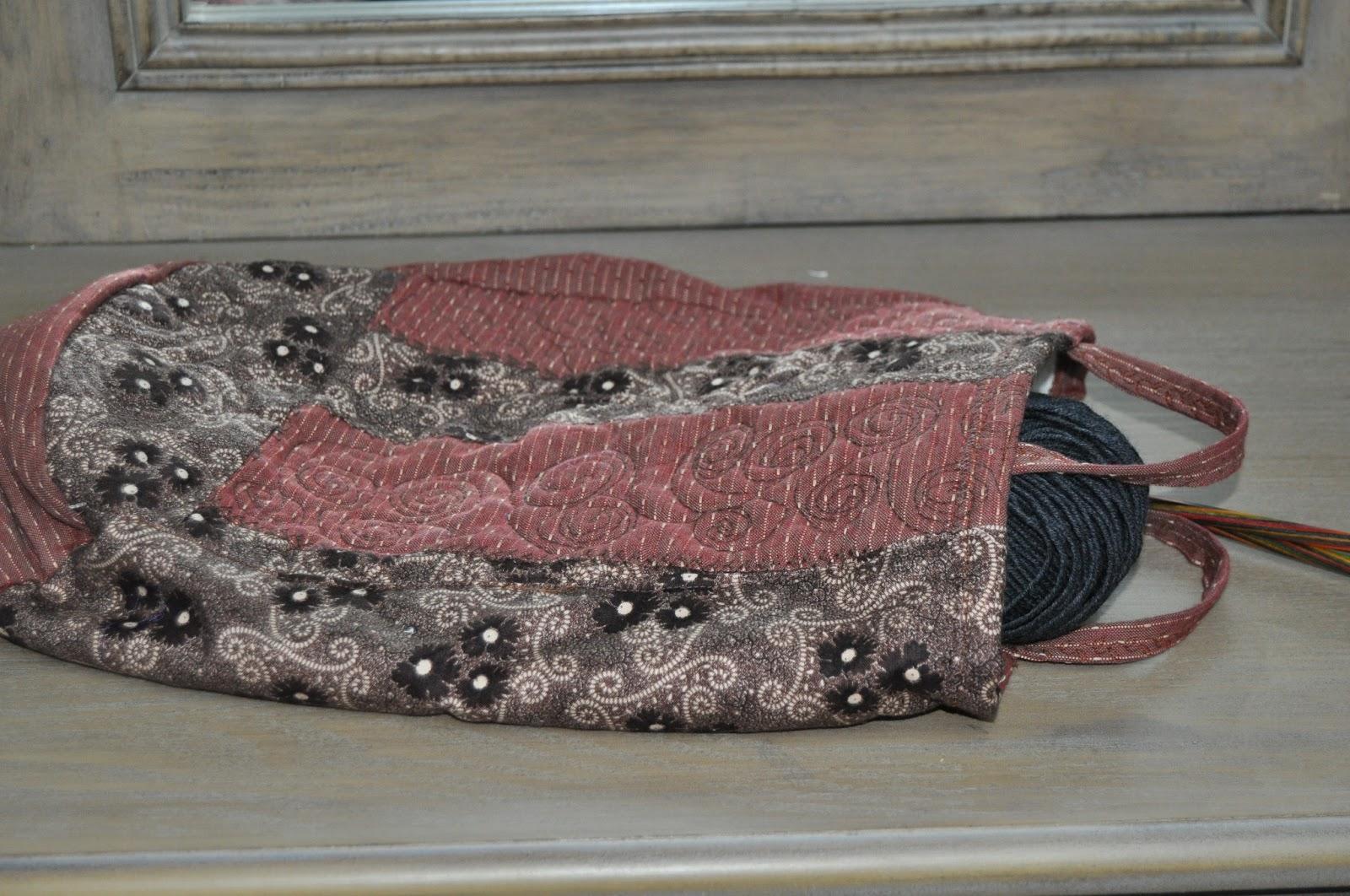 chemin de table ou de lit patchwork happy quilt life. Black Bedroom Furniture Sets. Home Design Ideas
