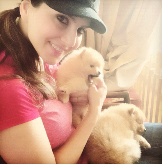 Porn Star Sunny Leone With Her Cute Puppies