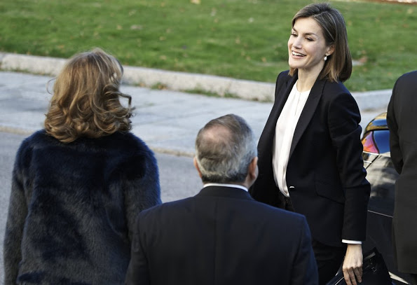 Queen Letizia Attended Nutrigenomics Seminar At CSIC Institute