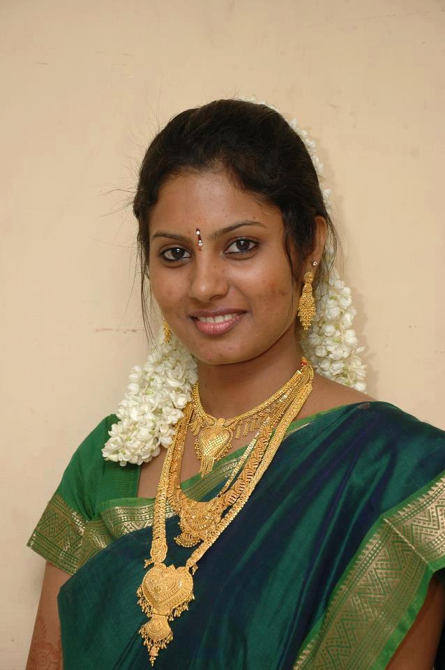 Tamil women pics 100