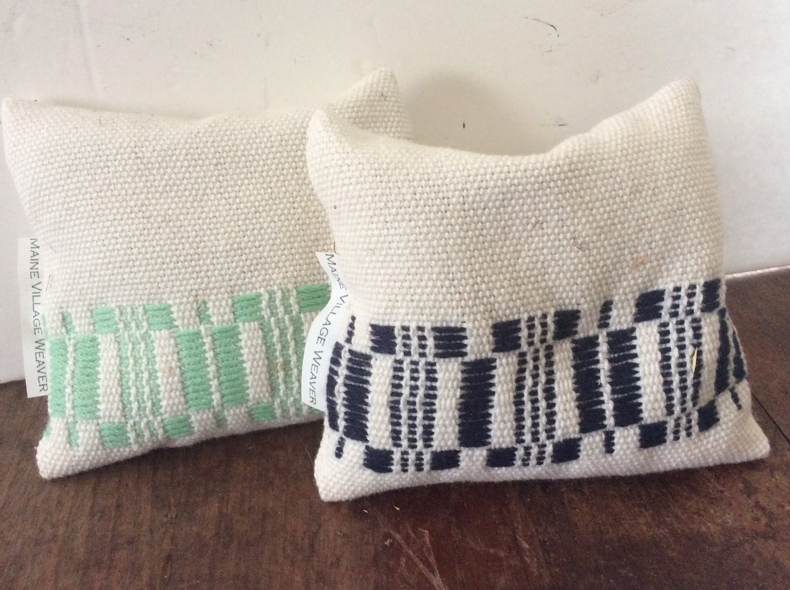 Pine Balsam  4 oz  sachet filled with Maine balsam Hand woven design on sachet 4 x 4