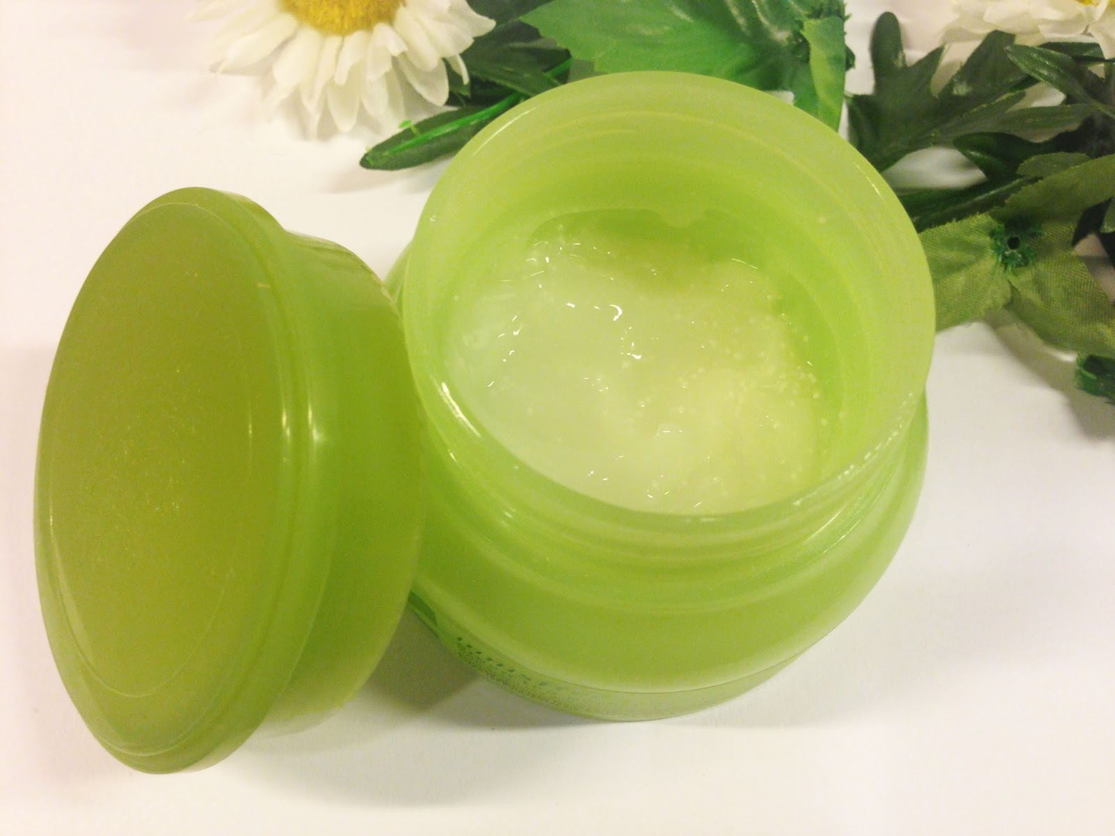 Yaydenicia Review Innisfree Green Tea Pure Sleeping Pack As You Can See Ive Already Used Quite A Bit Of The Stuff