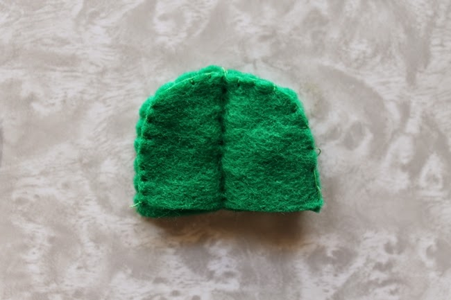 felt cactus miniature pin cushion tutorial