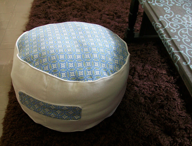 Feathers Flights // Sewing Blog: Comfy and Cute Floor Cushion