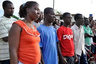 Brasiléia no Acre é invadida por haitianos