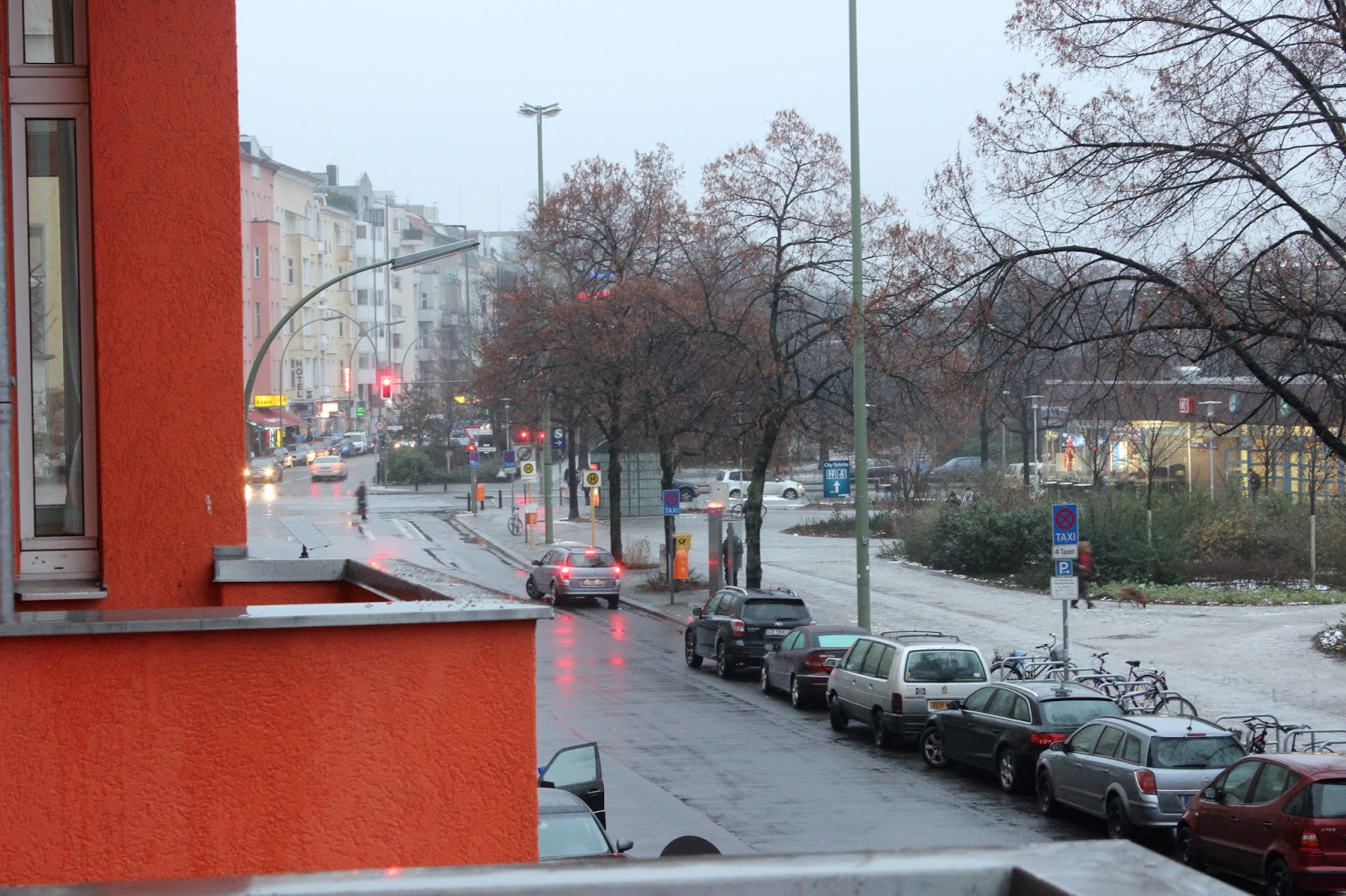 itinerary dan biaya liburan di berlin jerman-3 happy go lucky hostel charlottenburg