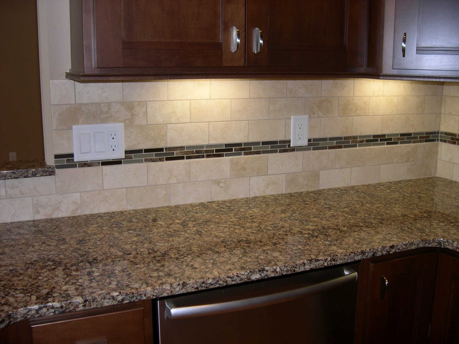 Jill tentinger june 2012 Stone backsplash tile