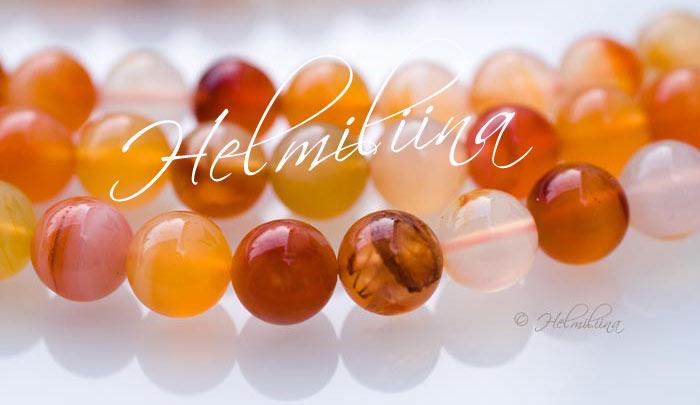 Helmiliina