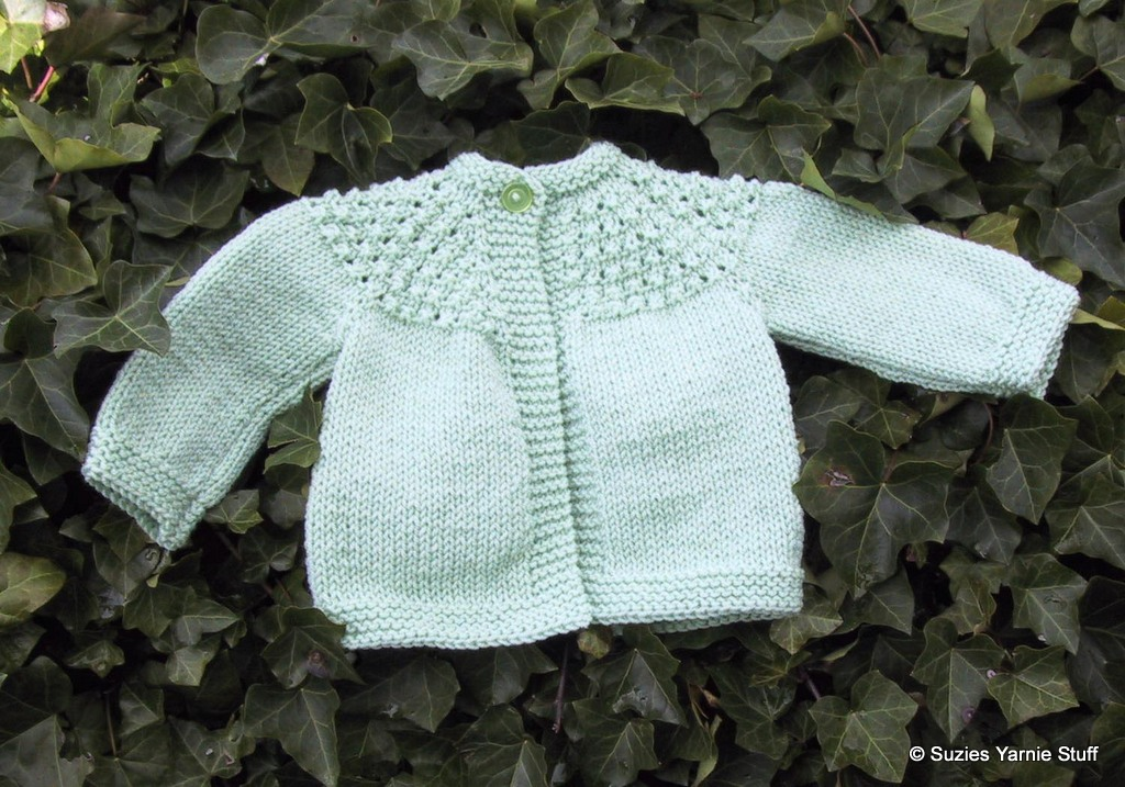 Baby Girl Knitted Sweater Pattern : Suzies Stuff: 7 HOUR TODDLER GIRLS SWEATER