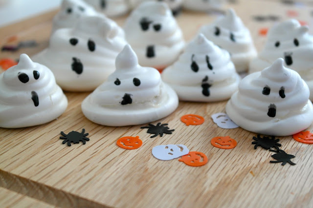 Halloween Ghost Meringues by What Laura did Next