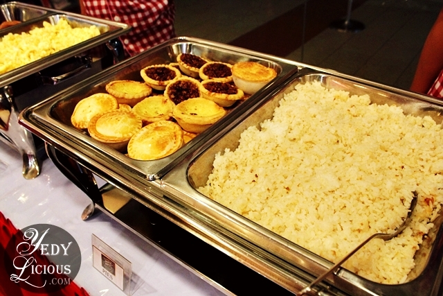 KFC Breakfast Buffet is back with unlimited waffles @ P199 - ASTIG.PH
