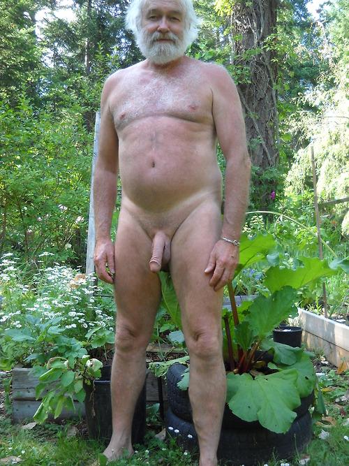 Naked old men fucking