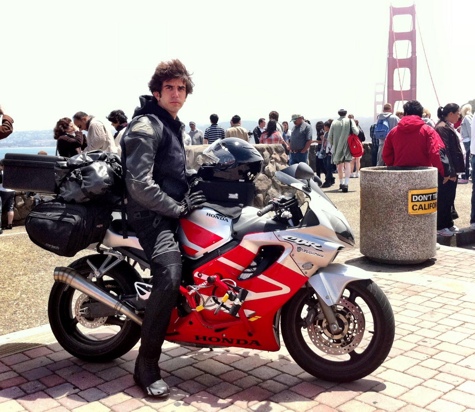 http://3.bp.blogspot.com/-YdqfSNBYws8/TkpaGXL8U-I/AAAAAAAAAh0/ZEBEUpuTucA/s1600/Moin_Golden_Gate.jpg