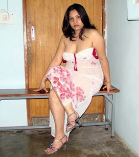 Busty Chubby Bengali Aunty In Transparent Dress