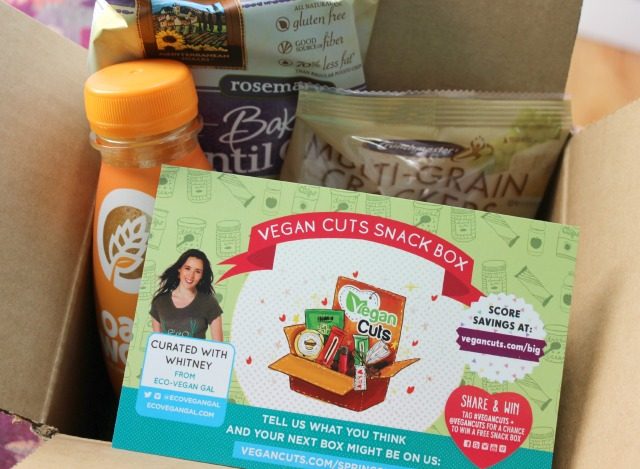 Vegan Cuts Snack Box April 2014 unboxing