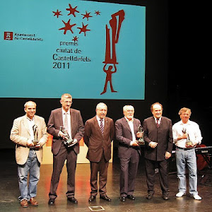 Premi Ciutat de Castelldefels 2011 otorgado al  Grupo de Poesía Alga