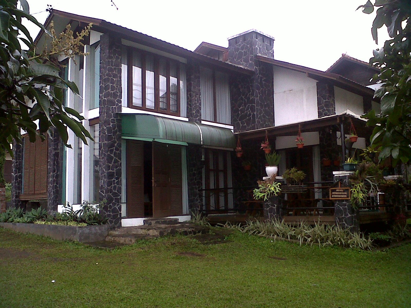 Villa Istana Bunga 2014