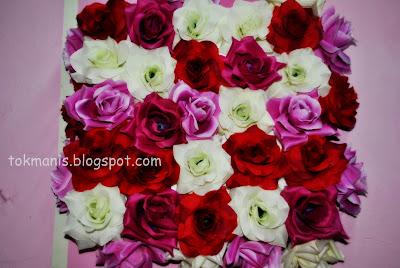 dengan frame gambar or frame bunga bungaan nak lebih creative dan ...