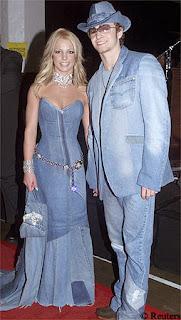 Justin Timberlake and Britney Spears in matching denim www.thebrighterwriter.blogspot.com