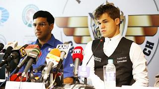 La conférence de presse avec Anand et Carlsen