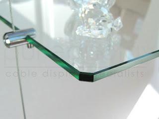 prateleiras de vidros com suporte para sustentação newartvidros