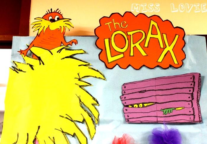 Truffula Tree Kids Craft Tutorial and The Lorax Door Reveal!