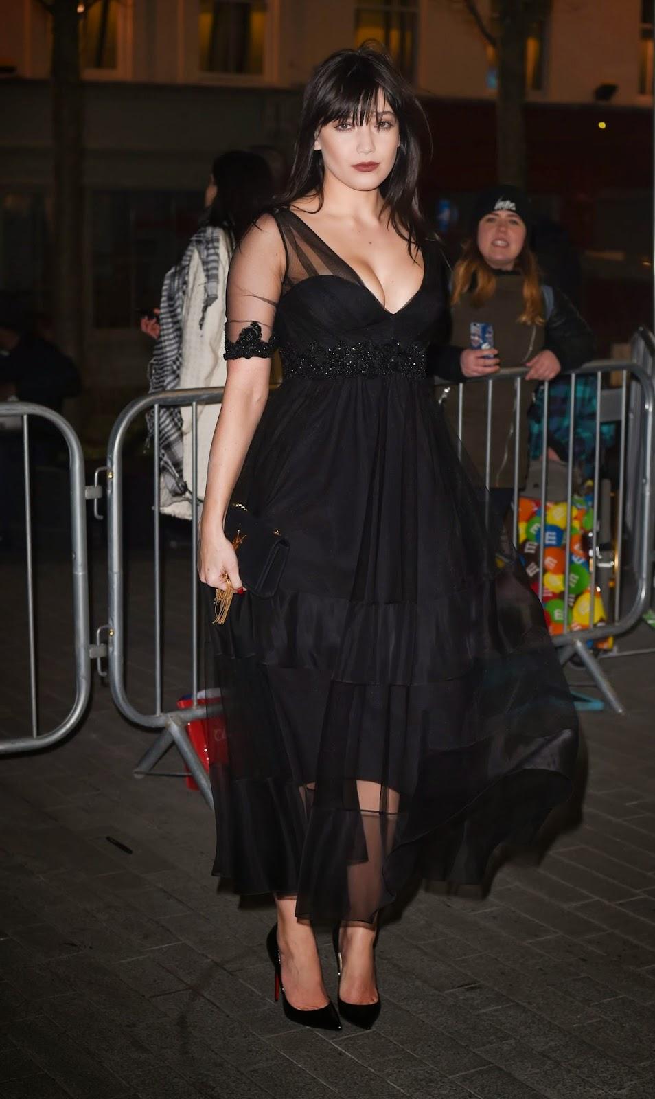 Arts Cross Stitch Fashion Model Actress Singer Daisy Lowe Elle Style Awards 2015 In London